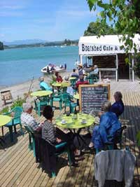 The Boatshed  cafe/bar